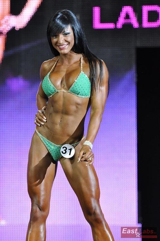 Svetlana echte Welt Bikini